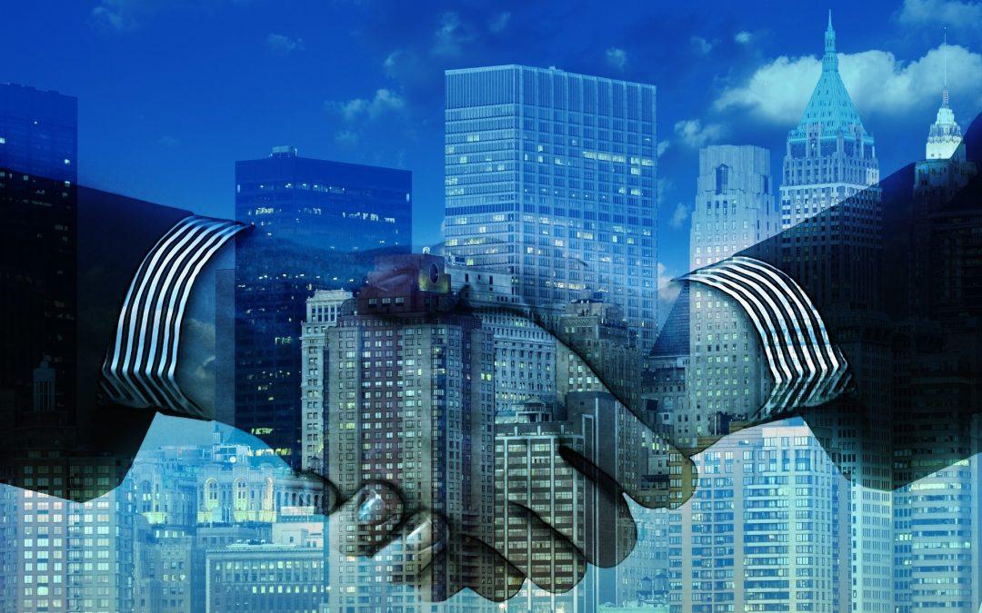 Fusión, escisión, cesión de activos o transmisión de negocio entre empresas